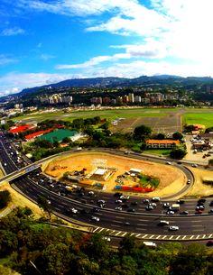 vista aérea de Caracas verde, y dinámica, Venezuela