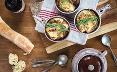 You'll find the onion soup with beer recipe in our second magazine, page 39.