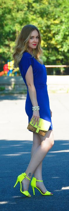 Neon yellow and cobalt blue | Dainty Girl