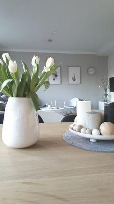 Etwas früh , aber habe die schönen tulpen von meinem Freund heute bekommen , damit es mir schnell wieder besser geht :blush:
