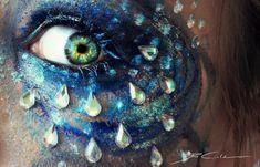 Extrañamente hermosa del maquillaje del ojo Sven Schmitt (Svenja Schmitt)