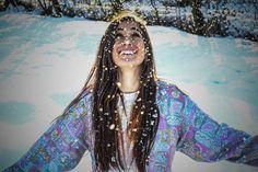 "100 aprecieri, 1 comentarii - Bianca.Teodorescu (@bianca.teodorescu) pe Instagram: ""#winter #sunny #snow #snowflakes #fancysweater #coloredsweater #picoftheday #instagood #fun…"" Fancy, Passion, Poses, Crop Tops, Portrait, Instagram, Photography, Photograph, Fotografie"