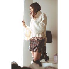 #newarrivals #fashion #style #stylish  #fallwinter2017  #anisyais #womanstyle #woman #womanfashion  #whitesweater #white #skirt #outfitoftheday #outfitinspiration