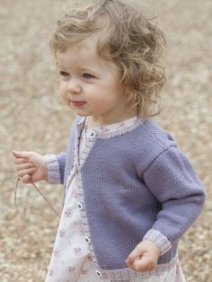 Baby cardigan knitting pattern by Rooster Yarns: download it at Laughing Hens