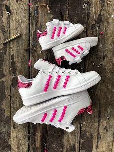 Adidas Stan Smith for Mom e Baby Custom by Muffin Mom And Baby, Adidas Stan Smith, Yeezy, Adidas Sneakers, Muffin, Pink, Collection, Shoes, Fashion