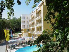 Hotel w Bułgarii z zewnątrz - obozy dla młodzieży i studentów