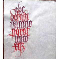 Warming up for the next Fraktur Workshop in A'dam 29-30 april hosted by @amsterdamsignpainters. Still few places available, fly don't run!  Brush alphabet done with Taklon Springer Pinsels from @vostok_printing_shop in Barcelona. They are amazing  #fraktur #calligraphy #workshop #amsterdam #gothic #brushlettering #brushcalligraphy