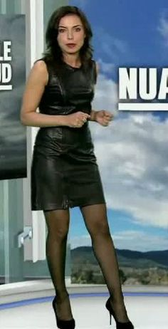 Leather Dresses, Leather Skirt, Leather Outfits, Anais Baydemir, Look Star, Killer Legs, Beautiful Young Lady, Sexy Legs And Heels, Latex Dress