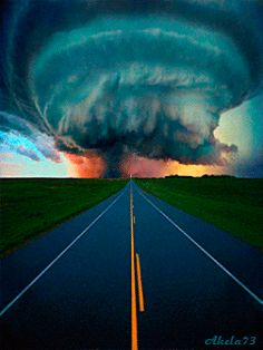 Science Discover Tornado road Nature is the true designer but it contains destructive elements . Beautiful Sky Beautiful World Beautiful Places Tornados Thunderstorms Natural Phenomena Natural Disasters Cool Pictures Beautiful Pictures Beautiful Sky, Beautiful World, Beautiful Places, Natural Phenomena, Natural Disasters, Fuerza Natural, Cool Pictures, Cool Photos, Beautiful Pictures