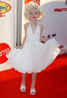 ELLE FANNING HALLOWEEN | Arent They Fabulous ?: ~ Elle & Dakota Fanning - W Magazine Best ...