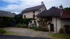 Lovely renovated stone house, 10 minutes from Sauviat and 15...