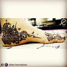 #follow us @hennafamily #hennafamily  #Repost @ellies.hennadose  #eid #henna on #Flora