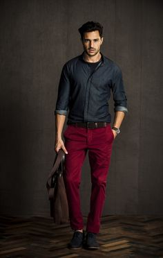 Mens Fashion Casual – The World of Mens Fashion Komplette Outfits, Casual Outfits, Fashion Outfits, Mode Masculine, Casual Wear, Men Casual, Look Man, Stylish Mens Outfits, Red Pants
