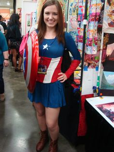 Female Captain America at Otakon 2015 (full body) by ShizNat4EVER on DeviantArt