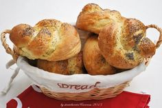 http://strawberriescreamlife.blogspot.com/