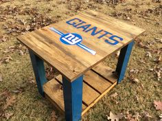 Pallet end table with hand painted Giants logo