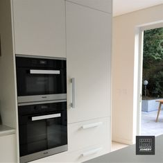 The brief of a sleek stylish kitchen was helped with integrated appliances, smooth handles on the fridge and shark nose handles on the cabintery. Stylish Kitchen, New Kitchen, Kitchen Cupboards, Kitchen Appliances, Cupboard Wardrobe, Joinery, Shark, Smooth, Bathroom