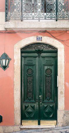 Cool Doors, Unique Doors, Rustic Entryway, Entryway Decor, Green Front Doors, Green Wall Art, Entrance Doors, Doorway, Front Door Decor