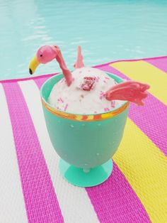 a flamingo party!