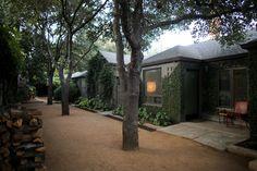 Hotels & Lodging: Hotel San José in Austin, Texas - Gardenista