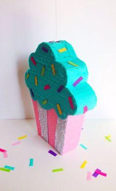 #sinterklaas #surprise #inspiratie #drukwerk #papier #creatief | pinned by www.drukwerkdeal.nl