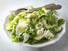 Kevään vihreä salaatti Potato Salad, Cabbage, Clean Eating, Food And Drink, Potatoes, Vegetables, Ethnic Recipes, Diet Recipes, Eat Healthy