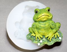 FROG Silicone mold -  sugarcraft resin fimo polymer clay mould soap fimo wax plaster icing chocolate food use food grade mould by sweetmoulds on Etsy https://www.etsy.com/listing/205079178/frog-silicone-mold-sugarcraft-resin-fimo