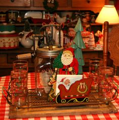 Steadmans' Corner: Christmas in the Kitchen Merry Christmas Friends, Santa Christmas, Christmas Treats, Christmas Home, Christmas Decorations, Vintage Decorations, Holiday Decorating, Christmas Shopping, Christmas Kitchen