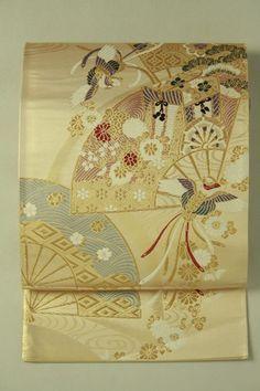 Mild gold fukuro obi / 淡金地 扇花と鳳凰御所車文様 六通袋帯   #Kimono #Japan  http://www.rakuten.co.jp/aiyama/