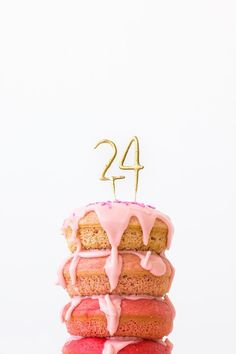 """Planning a Donut Theme Birthday Party? Then you NEED this easy to make Donut Birthday """"cake""""! Bolo Cake, Celebrate Good Times, Gateaux Cake, Diy Ombre, A Little Party, Donut Party, Festa Party, Party Decoration, Throw A Party"""