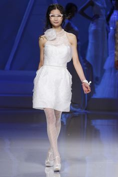 #kamzakrasou #sexi #love #jeans #clothes #coat #shoes #fashion #style #outfit #heels #bags #treasure #blouses #wedding #weddingdress #weddingday #weddingcelebration #weddingwoman Sexi svadobné minišaty v duchu retro - KAMzaKRÁSOU.sk