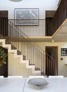 old-london-home-gets-fresh-glass-addition-5.jpg