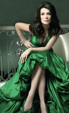 Gorgeous in Green -  Lisa Vanderpump, Beverly Hills Housewives photography by Machado Cicala Morassut