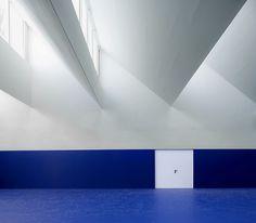 C.E.I.P Multiuse Room / Raúl del Valle