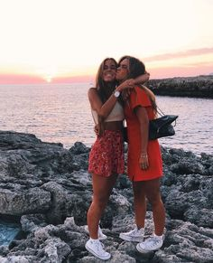 Ideas quotes friendship funny bff bffs for 2019 Photos Bff, Friend Photos, Cute Photos, Bff Pics, Best Friend Fotos, Shotting Photo, Cute Friend Pictures, Couple Beach Pictures, Girly Pictures