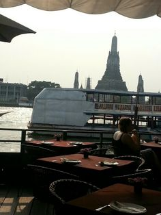 Arun Residence- This is the perfect stop for lunch before continuing to Bangkok's central market, a labyrinthine maze of stalls along the river. Enjoy a delicious meal, overlooking the beautiful temple Wat Arun.