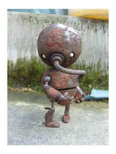 Scale model robot, Rusty Robot, by Onorio D'Epiro. Pinned by #relicmodels