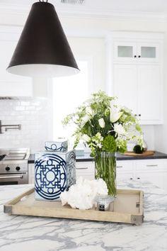Kitchen decor: http://www.stylemepretty.com/living/2015/06/22/a-modern-farmhouse-in-newport-heights/ | Photography: Tessa Neustadt - http://tessaneustadt.com/
