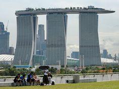 Résultats Google Recherche d'images correspondant à http://robinlambert.fr/wp-content/uploads/2011/11/marina-bay-sand-singapour1.jpg