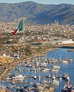 Nunca es demasiado tarde para realizar un viaje a #Ensenada #MiAlmaGemela #Ensenada #Momentos #Playa #Beach #Puerto #Barcos Aventura por aletsbune