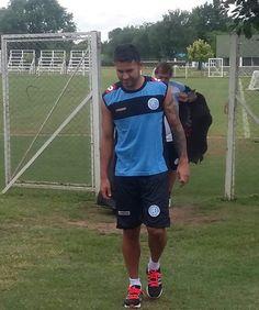 Claudio Bieler fue presentado como nuevo jugador de Belgrano. Hoy por la tarde se entreno con sus compañeros. Le queremos desear toda la suerte del mundo y ojalá traiga muchos goles para festejar !