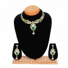 Aaishwarya Glimmering Green Party Necklace Set #necklaceset #partynecklace #fashionjewellery