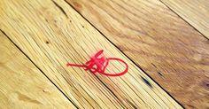 Diş macunu kalem lekelerini temizlemek için