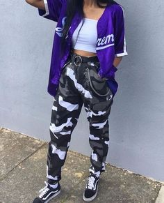 Skater Girl Outfits, Tomboy Outfits, Cute Swag Outfits, Cute Comfy Outfits, Teenager Outfits, Teen Fashion Outfits, Retro Outfits, Stylish Outfits, Tomboy Clothes