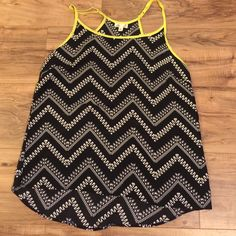 Printed tank top Printed tank top, great condition Tops Tank Tops