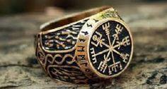 Bronze Vegvisir Futhark Runes Vikings Compass Magic Stave Nordic Amulet Adjustable Size Ring by MAGICrebEL Rune Viking, Viking Art, Runes Futhark, Vegvisir, Bronze Ring, Bronze Jewelry, Norse Vikings, Magic Ring, Viking Jewelry