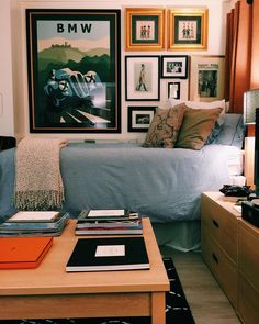 Dorm Room Ideas Pink For Guys.Awesome College Dorm Room Ideas Guys Will Appreciate. The Mother Daughter Duo Behind Dormify Are Expanding Into . T Shirt Jersey Comforter Snooze Set In 2019 Guy Dorm . Home and Family Guy Dorm Rooms, Dorm Room Walls, Cool Dorm Rooms, Mens Room Decor, Ideas Vintage, Vintage Patterns, Unique Vintage, Pb Teen, College Room