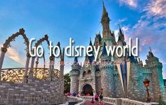 Before i die i want to... pic.twitter.com/JXpIQ1xsTp
