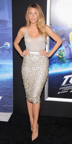 get the details on Blake Lively's gorgeous outfit