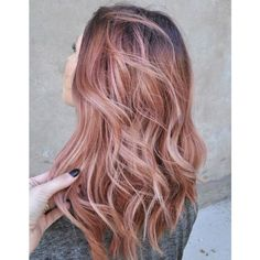 Ombré hair rose gold ❤ liked on Polyvore featuring hair